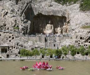 Luoyang i Groty Longmen
